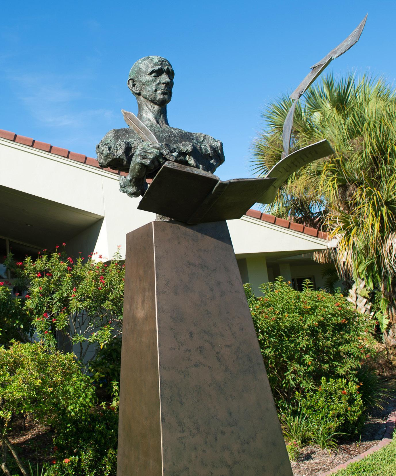 Image of the sculpture titled the poet at the Hoke Library