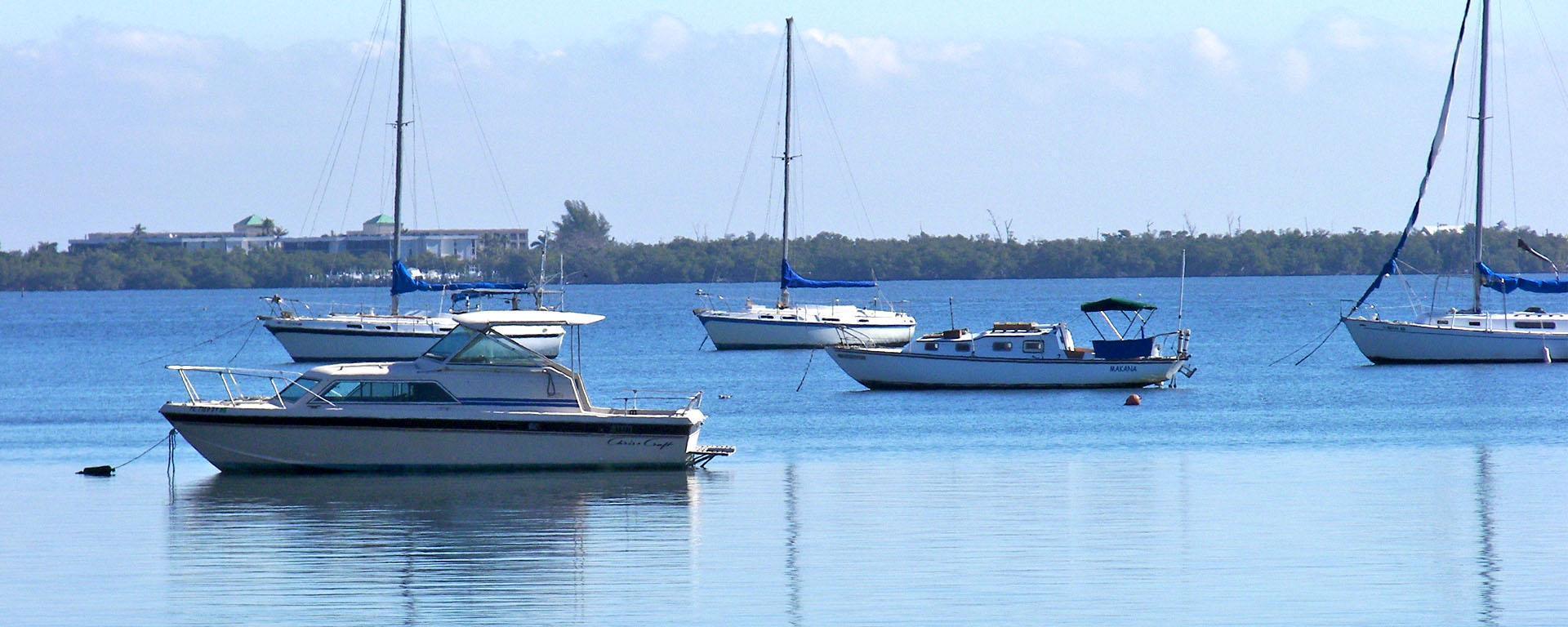 Boats anchored in Jensen Beach