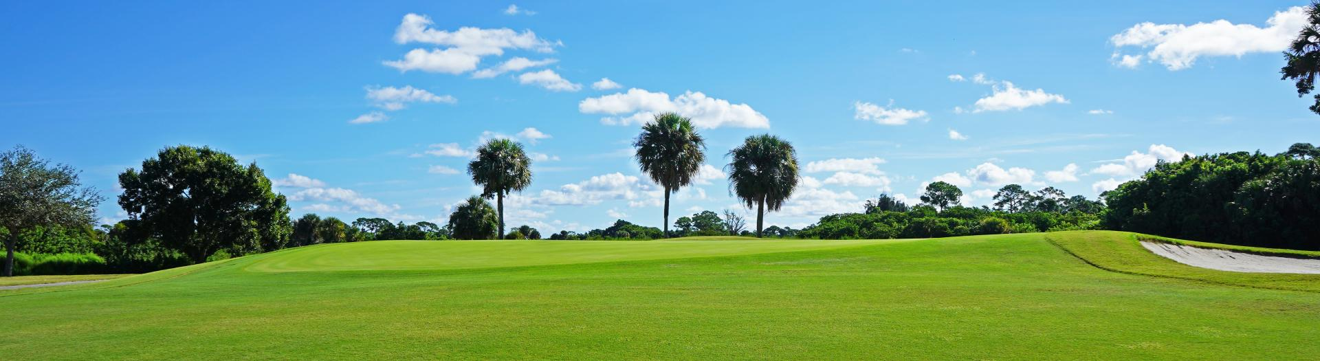 The green on hole 14 at Sailfish Sands Golf Course